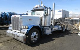 Picture of 2015 Peterbilt